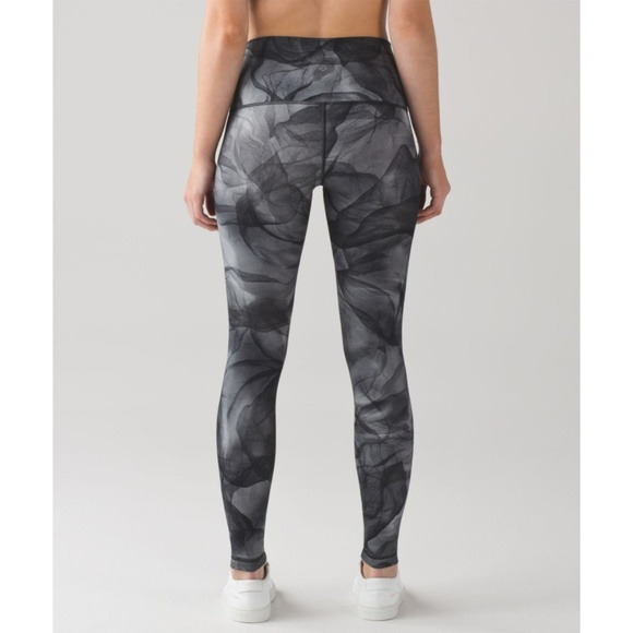 lululemon athletica Pants - Lulu Wunder Under High Rise Pants Midnight Tulle 2